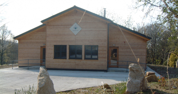 Availability of accommodation options at Larch Hill.