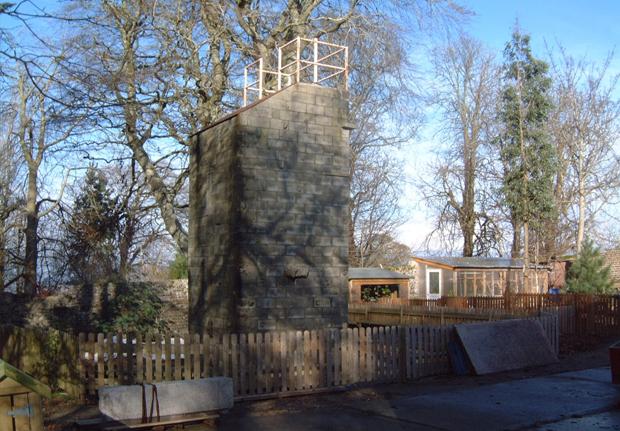 Outdoor climbing tower